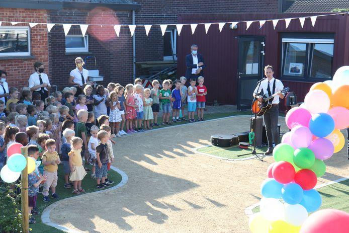 Het feestjaar van De Bijenkorf wordt nog het hele schooljaar uitgebreid gevierd.