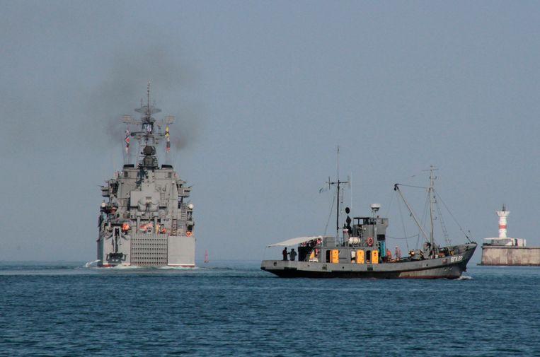 Russisch oorlogsschip op weg naar het Syrische Tartus, dat de Russen controleren. Beeld REUTERS