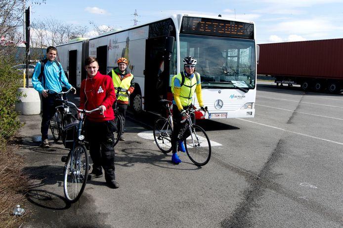 De fietsbus heeft de kaap van 100.000 passagiers bereikt.
