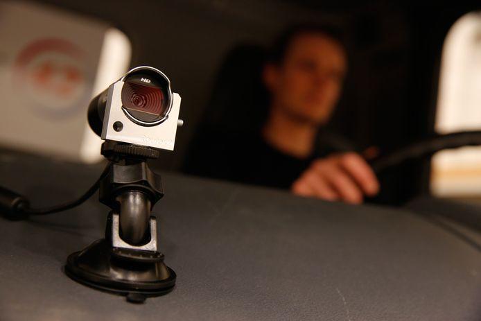 Een camera in de cabine van een vrachtwagen