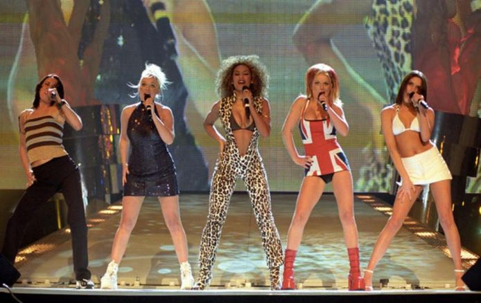 De Spice Girls in 1997: vlnr Mel C, Emma Bunton, Mel B, Geri Halliwell en Victoria Beckham.