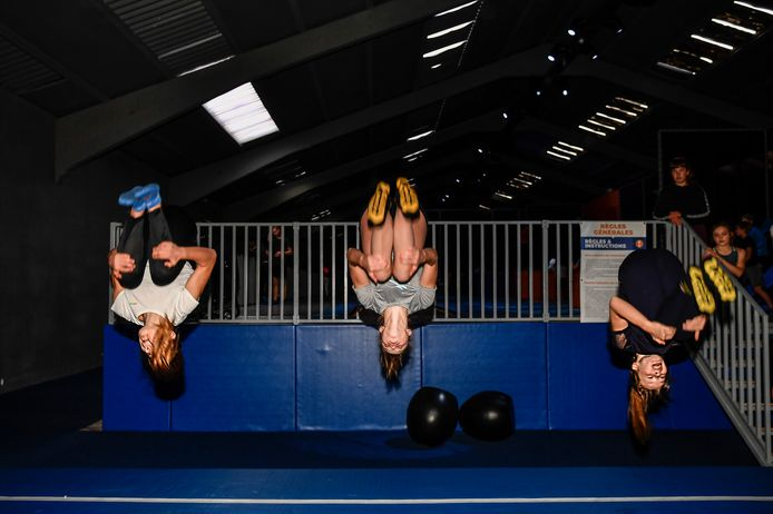 salto's uitvoeren kunnen  Sam, Amy en Sara als de besten.