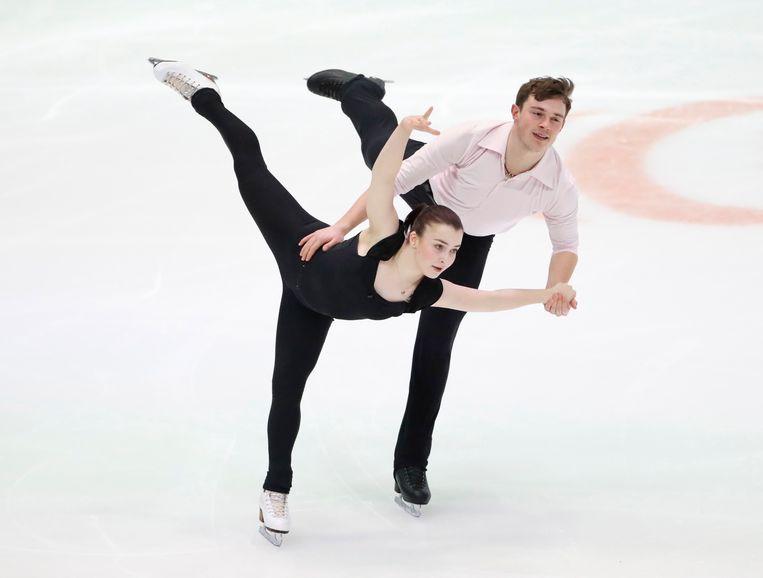 Daria Danilova en Michel Tsiba, hier op het ijs in Graz (Oostenrijk) in 2020. Beeld EPA