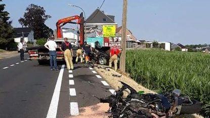 Motorrijder komt om bij frontale crash