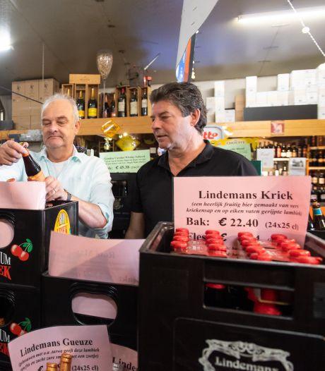 Ook bij De Grens is verdeeldheid over Europa. Ondanks goedkoper bier en de goedkope benzine in Poppel