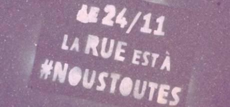 """""""La rue est à #NousToutes"""" en France"""