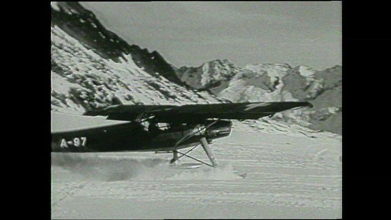 Een gelijksoortig type van het vliegtuig. Beeld rv