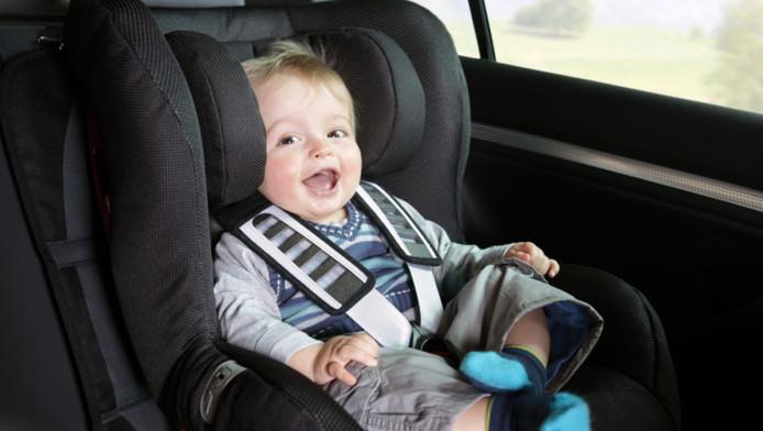 Wanneer Baby In Eetstoel.Kind Tot Vier Jaar Achterstevoren In Auto Wonen Ad Nl
