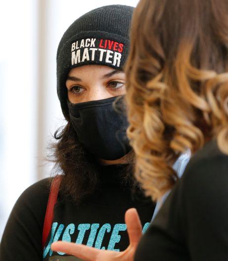 Familie door politie gedode zwarte man in Ohio krijgt 10 miljoen