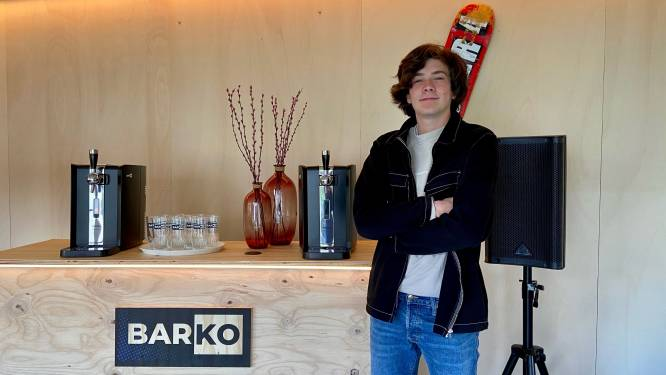 """Nieuw bedrijfje van piepjonge ondernemer (17) verhuurt complete bar: """"Brengt sfeer er meteen in"""""""