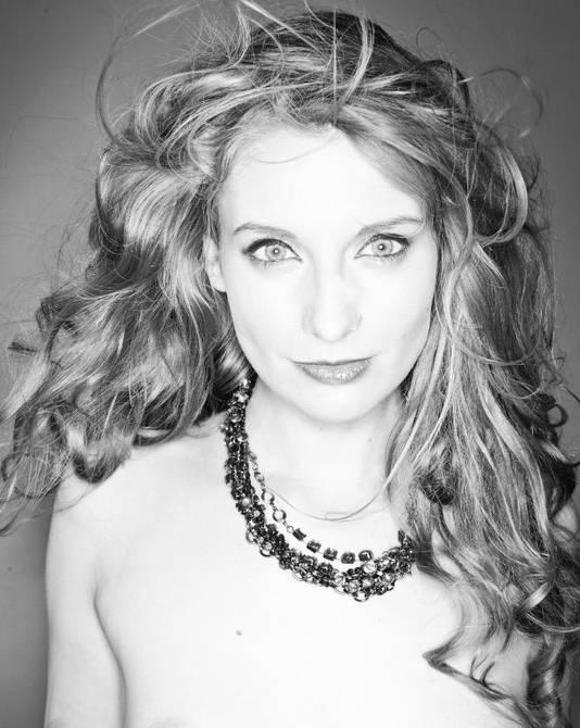 actrice en seksonderneemster Ela Darling