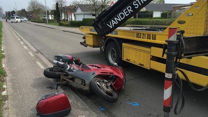 Motorrijder gewond na aanrijding met wagen
