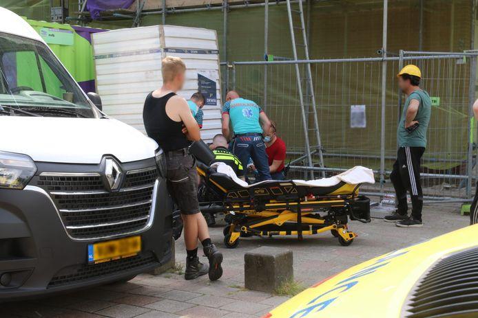 Het slachtoffer is met spoed naar het ziekenhuis gebracht.