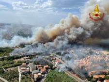 Bosbrand Italië: evacuatie 400 inwoners en toeristen