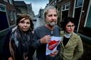 Van links naar rechts: Annette Dubbeld, Klaas de Vries en Katinka van Haren van het Actiecomité Kromhout-Kasperspad.