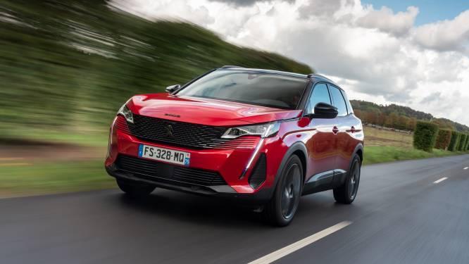 De nieuwe snoet van de Peugeot 3008 staat 'm goed