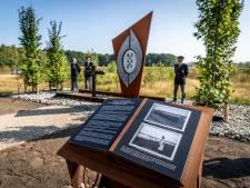 Nieuw monument 'De Zes van Dorplein' onthuld
