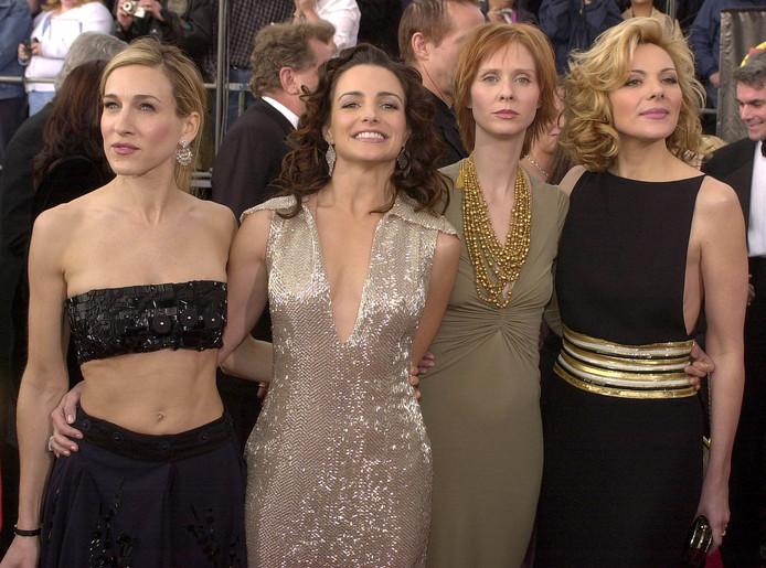 De cast in het begin.