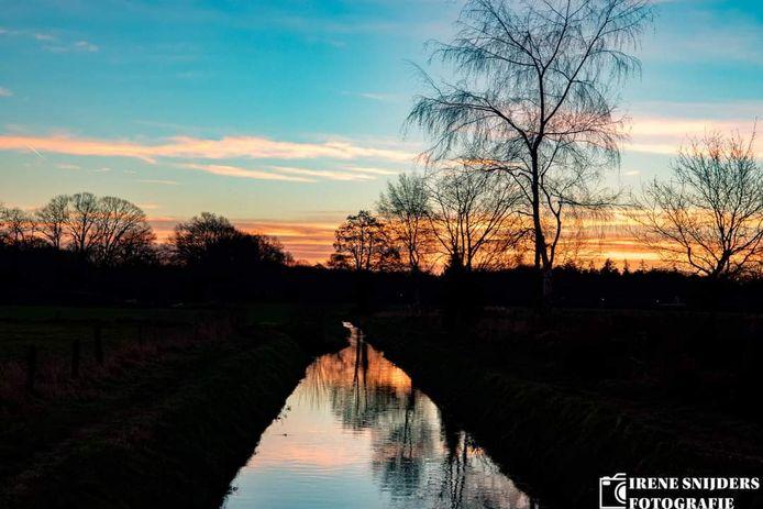 Een mooie zonsopkomst in de Hengelose wijk Groot Driene