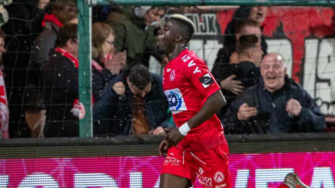 """Pape Gueye (KV Kortrijk) morst met kansen, maar is  ook matchwinnaar tegen KV Oostende: """"Ik spaar mijn goals voor de wedstrijd tegen Standard"""""""