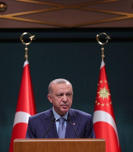 Oud-minister Ben Bot kent spelletje van Erdogan:  'Elke keer soort toneelstukje'