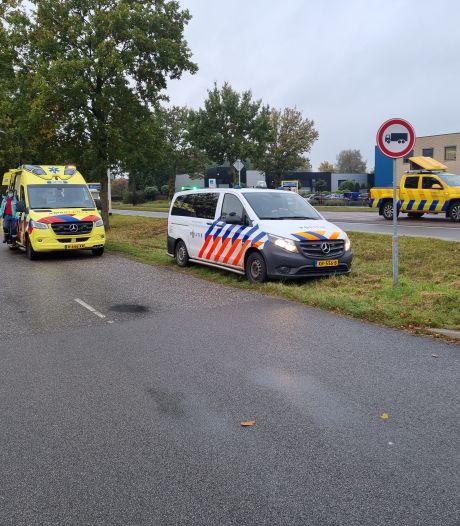Twee Duitse auto's botsen op elkaar in Winterswijk