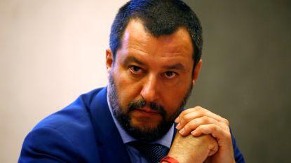 Alle migranten van boord in Italië, justitie opent onderzoek tegen Salvini