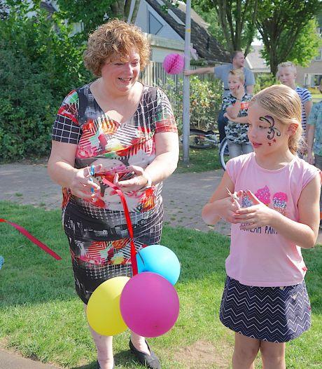 Bewoners nemen initiatief voor opknappen van Denekamps speelveld