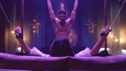 """Hoofdrolspeler verdedigt controversiële Netflix-film '365 Days': """"We focussen ons te veel op de seksscènes"""""""