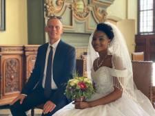 """Paul en Merab na lange strijd getrouwd: """"Een jaar vol slapeloze nachten, eetproblemen en zelfmoordgedachten"""""""