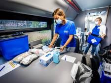 Veel mensen willen zich 'alsnog' laten vaccineren zonder afspraak: 'We zetten honderd prikken per dag!'