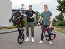 Dorpje met 3000 inwoners levert in een klap twee olympiërs: buurjongens Harmsen en Lavreysen gaan voor medailles