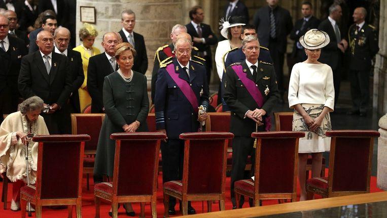 De koninklijke familie tijdens de Te Deum-mis in de Sint-Michiels-en-Sint-Goedelekathedraal Beeld BELGA