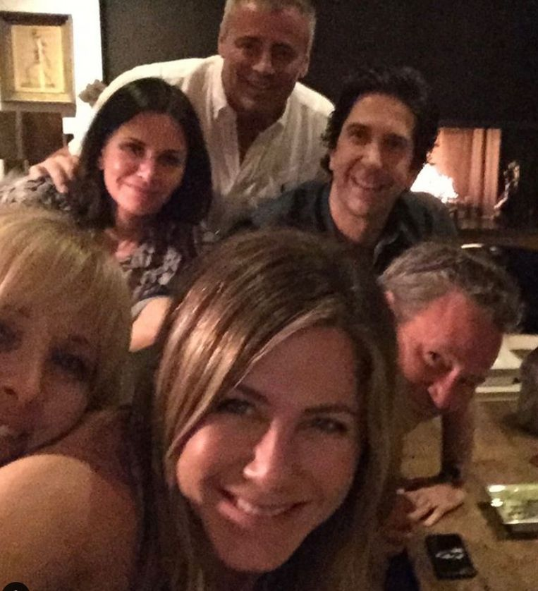 Jennifer Aniston's Instagramdebuut met de andere acteurs van Friends Beeld Instagram