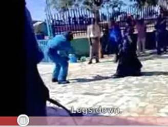 Schokkend: vrouw krijgt zweepslagen omdat ze broek heeft gedragen