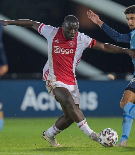 Ajax reist zonder Huntelaar, maar mét talent Brobbey af voor CL-kraker tegen Atalanta