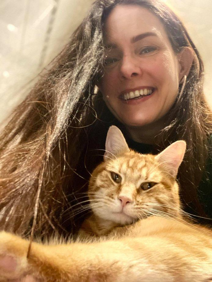 Els en haar katje Oscar