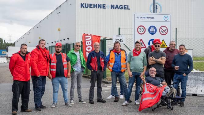 """Transporteurs houden stakingsactie aan depot van Kuehne+Nagel: """"Toekomst van 180 mensen staat op het spel"""""""