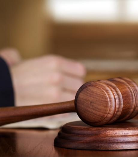 Bergenaar 'reed als een malle' dronken in op vrouwen en krijgt negen maanden cel