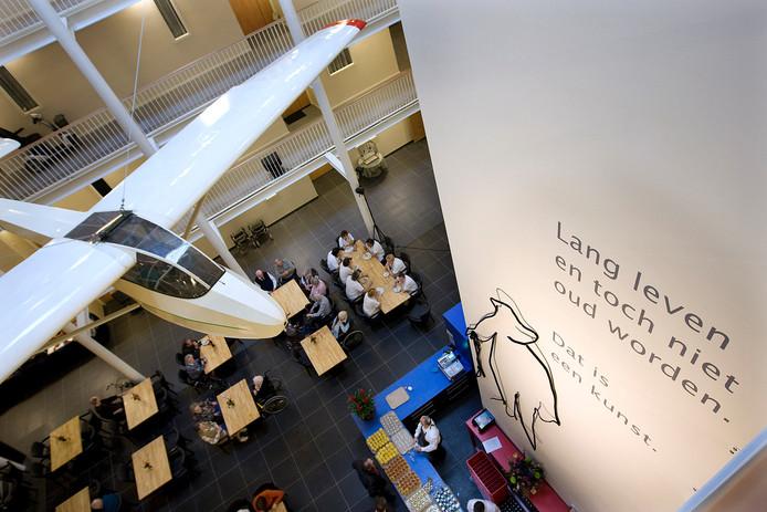 Marga Klompe-woonzorgcentrum De Pelkwijk in Winterswijk bij de opening in 2008
