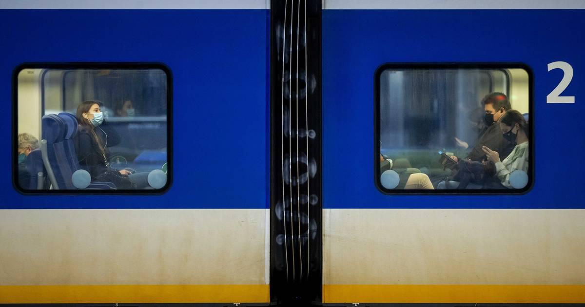 Geen treinen tussen Den Bosch en Oss na aanrijding.