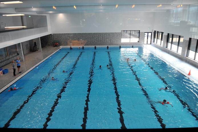 Alle basisscholen in Renkum maken gebruik van de nieuwe regeling rondom het schoolzwemmen. Naast het bad in Doelum (foto) wordt er ook gezwommen in het bad in Oosterbeek.