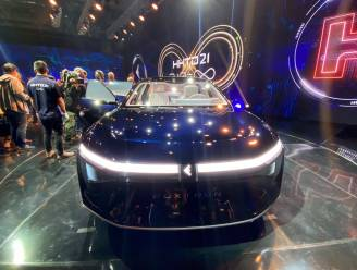 iPhone-fabrikant Foxconn presenteert elektrische auto's