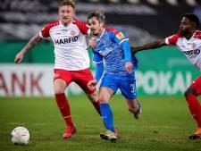 Holstein Kiel dendert ook na stunt tegen Leverkusen door in Duitse beker