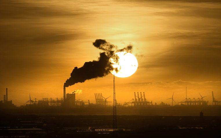 De kolencentrale van Riverstone op de Maasvlakte. Beeld Hollandse Hoogte / Berlinda van Dam