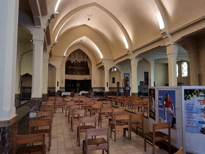 Een deel van de kerk zal wel nog voor lithurgische vieringen gereserveerd blijven.