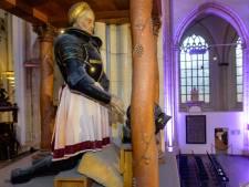 Donateurs harnas Karel van Gelre mogen gratis de steigers op van Eusebiuskerk