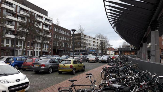 Het is nu nog vrij parkeren op deze parkeerplaats aan de Stadsbrink in Wageningen.