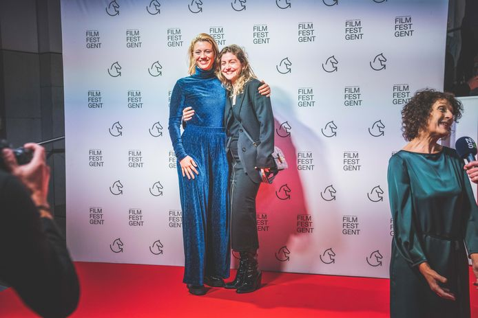 Beste vriendinnen Anemone Valcke en Charlotte De Bruyne