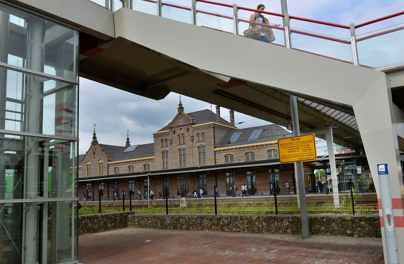 Het NS-station Geldermalsen op archiefbeeld.